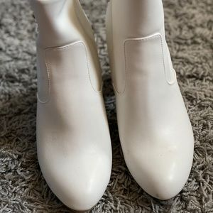 a new day white boots